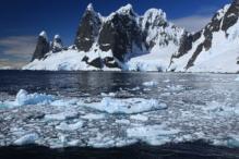 Rocher Antarctique à tête de loup - Et ensuite... chapitre 1 du feuilleton écrit par les auteurs des éditions Zinédi